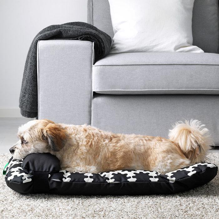 Ikea lancia una collezione di mobili per animali domestici for Cuccia per cani ikea prezzi