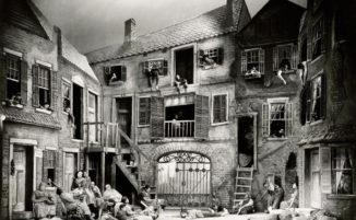 Bellissime foto documentano i maestosi set teatrali del primo '900