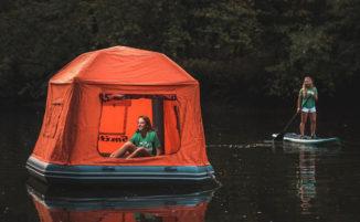 La prima tenda galleggiante al mondo, per dormire cullati dall'acqua