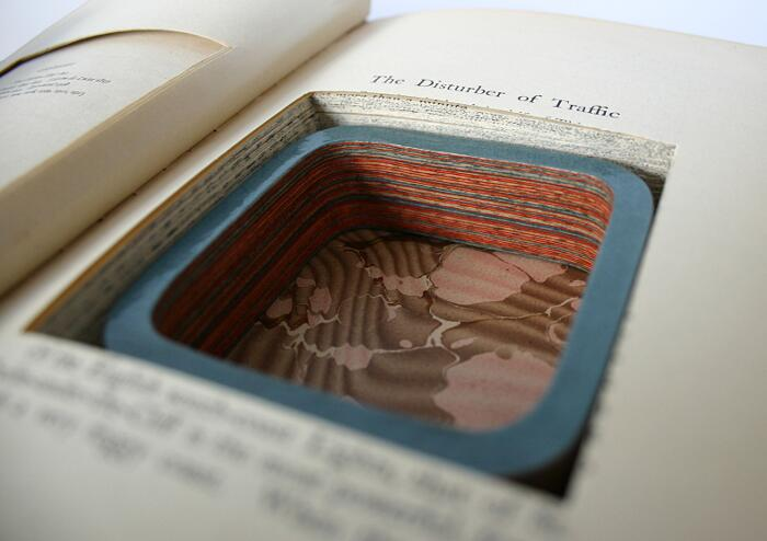 Gioielli Artistici Fatti Con Vecchi Libri Jeremy May