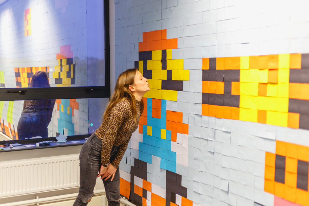 Murale Super Mario Post-it uffici Viking