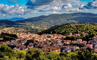Questa storica città sarda vende case ad 1 Euro