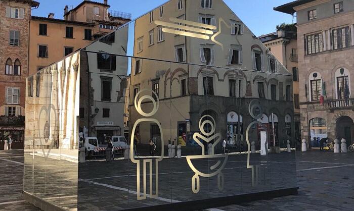 Installazione Di Specchi A Lucca Domenico Raimondi