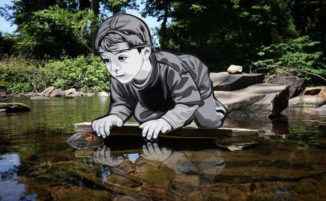 La street art omaggia l'innocenza disarmante dei bambini