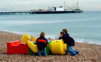 I 18 oggetti più strani mai trovati sulla spiaggia