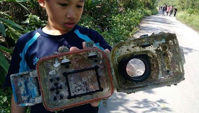 Fotocamenra smarrita in mare ritrovata dopo due anni