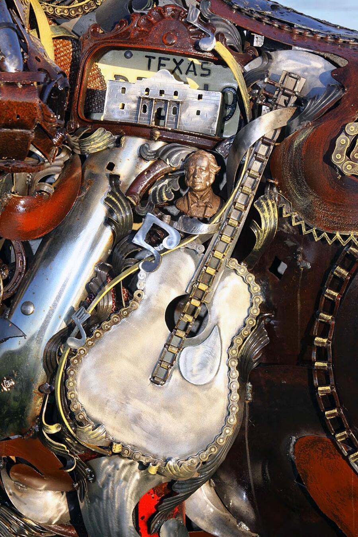 Sculture con rottami di metallo riciclato, John Lopez