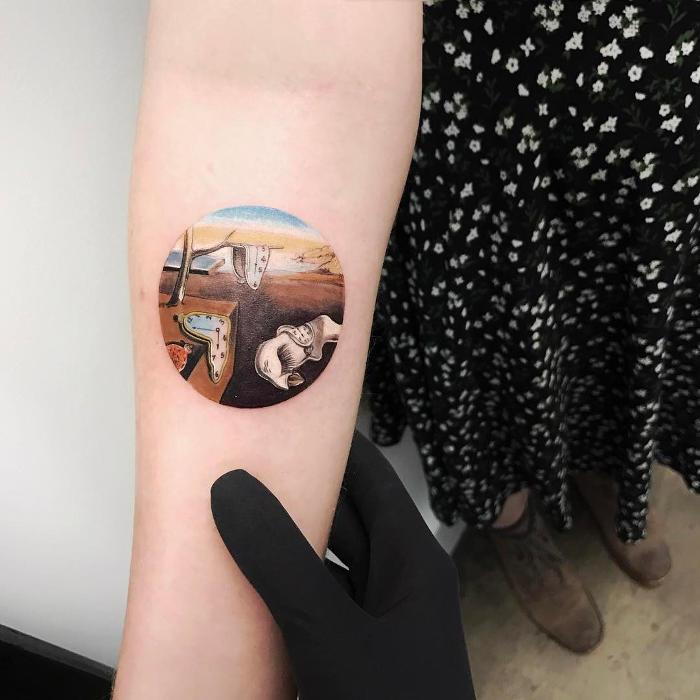 Tatuaggi Ispirati Ad Opere D'Arte Salvador Dalí