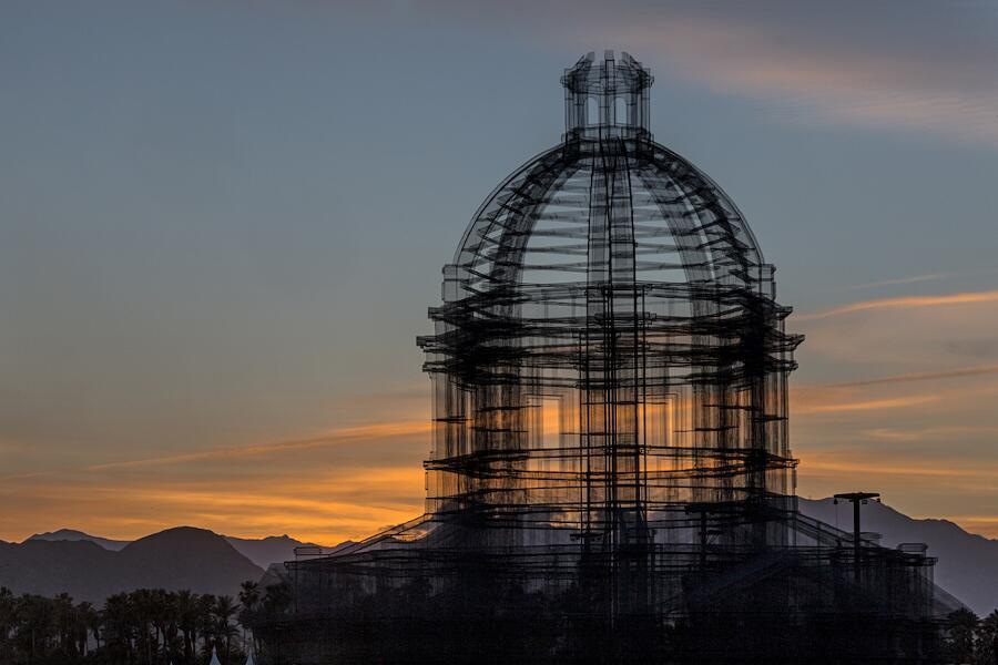 Intallazione Arte Etherea Edoardo Tresoldi Coachella 2018