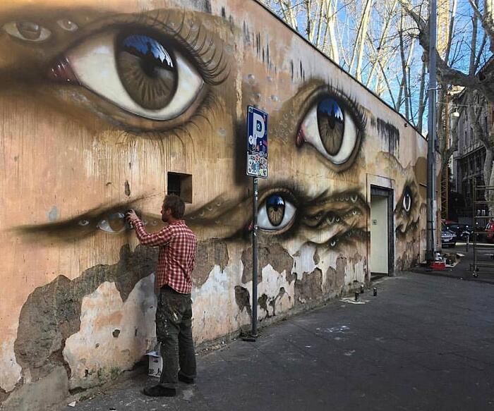 Street Art Occhi My Dog Sighs