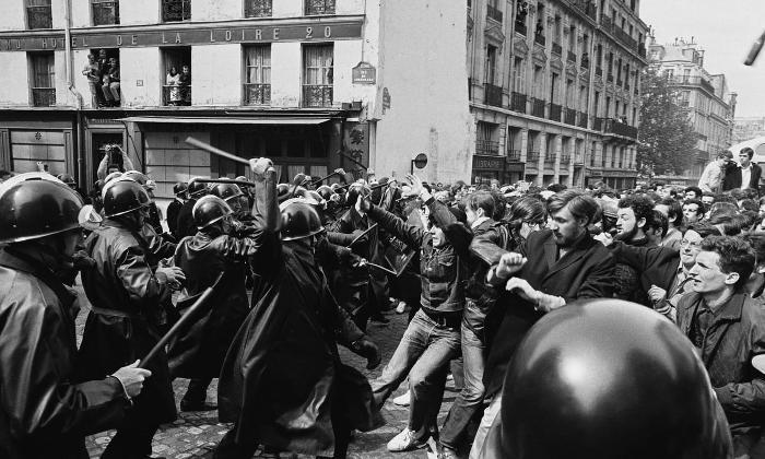 Le immagini più belle dei movimenti del 68 nel mondo - Parigi