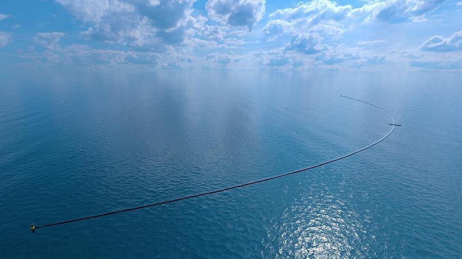The Ocean Cleanup Raccoglie Rifiuti Oceano Boyan Slat