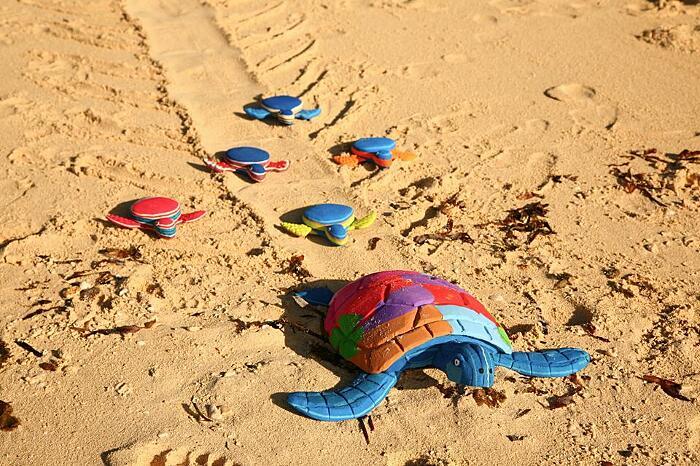 Infradito Riciclate Diventano Sculture Ocean Sole Kenya