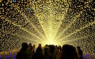 Bellissimi tunnel luminosi si ispirano alle bellezze naturali del Giappone