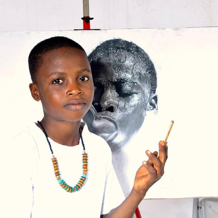 Artista Bambino Crea Ritratti Iperrealisti Kareem Waris Olamilekan