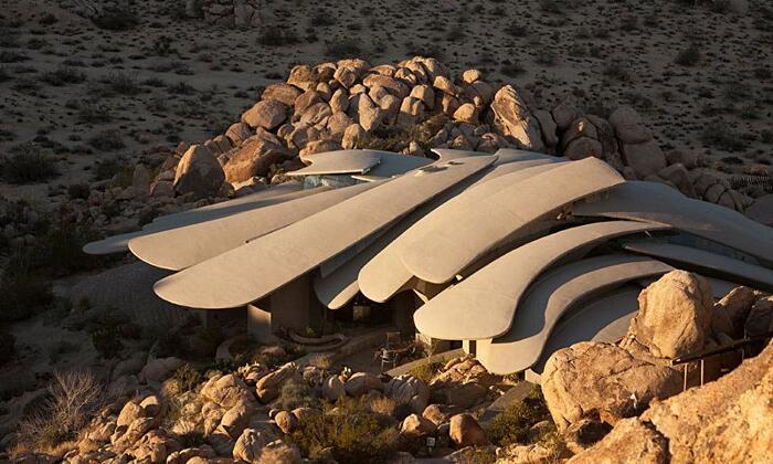 Casa Organica Desert House California