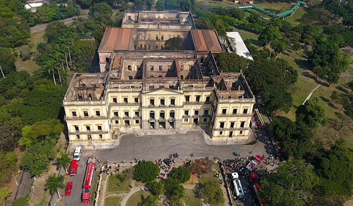 Incendio Museo Nazionale Rio De Janeiro Brasile