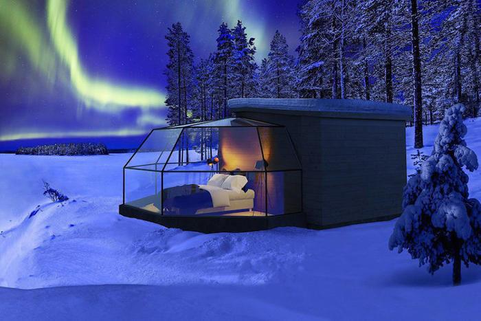 Un igloo di vetro per trascorrere la notte sotto le stelle e vedere l'aurora boreale