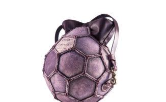 PangaeA BaG: da vecchi palloni a originali borse ed accessori di design