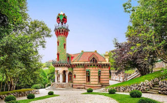 "Le foto di ""El Capricho"", una bellissima villa costruita da Antoni Gaudí"