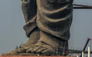 L'India ha inaugurato la statua più alta del mondo ed è quasi 5 volte il Cristo Redentore