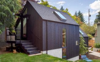 Trasforma il suo garage in una bellissima casa per la nonna
