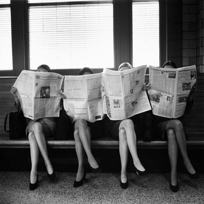 Il mondo prima degli smartphone: 21 foto mostrano che forse non siamo così asociali