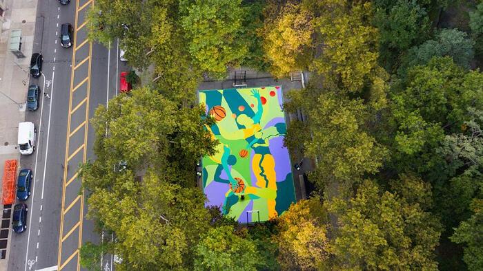 Street art campo basket Harlem, MADSTEEZ