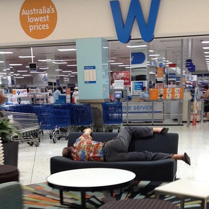 Foto Divertenti Di Uomini Che Aspettano Donne Che Fanno Shopping