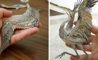 Sculture di carta riproducono animali selvatici in azione