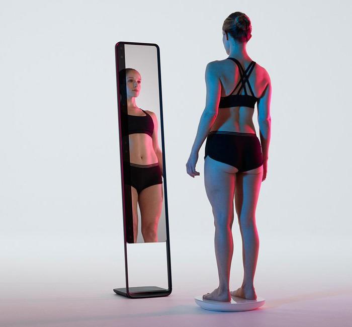 Specchio scansiona in 3D il corpo