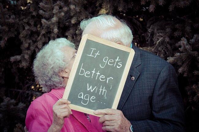 Coppie Di Anziani Innamorati