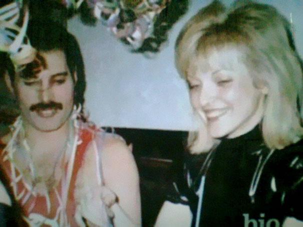 Freddie Mercury e Mary Austin, foto della loro amicizia e amore