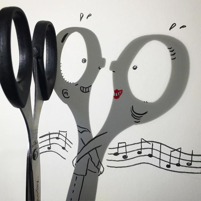 Artista trasforma le ombre in divertenti illustrazioni