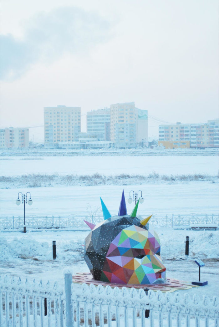 La scultura più a nord sulla Terra è in Russia e l'ha creata un artista spagnolo