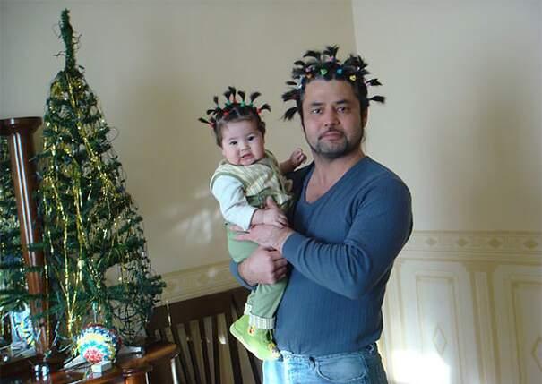 Figlie piccole che fanno belli i loro papà