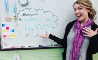 Insegnante indossa lo stesso vestito per 100 giorni consecutivi per una lezione sulla sostenibilità