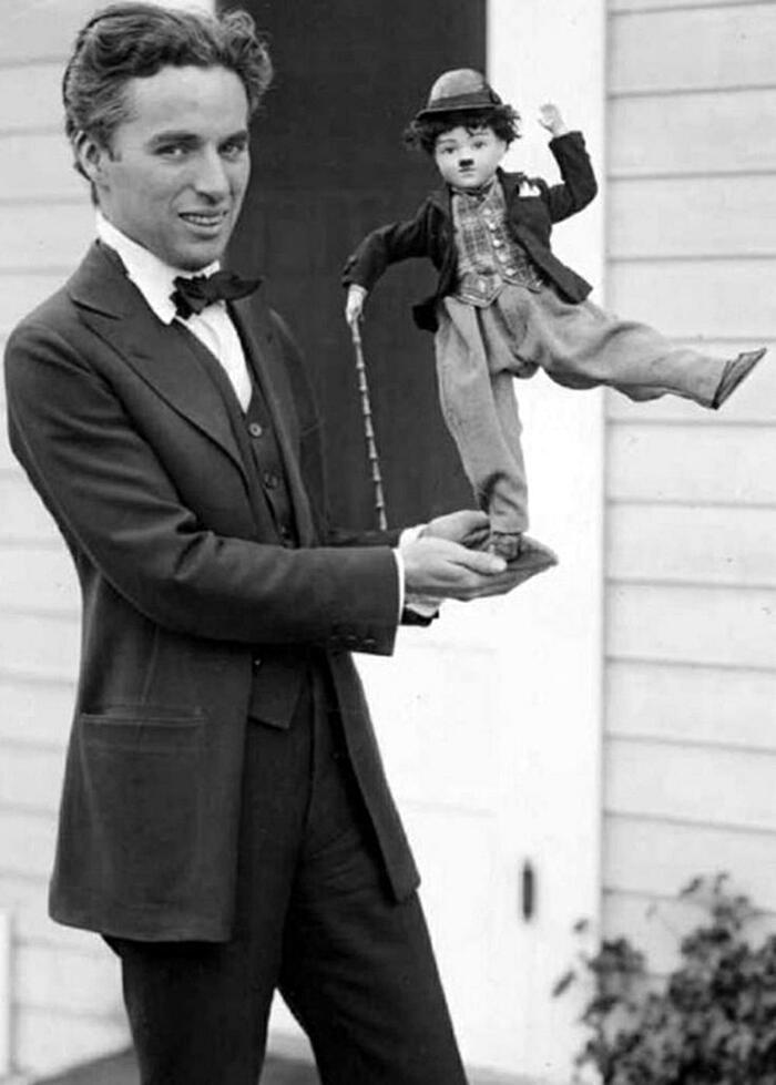 Charlie Chaplin Ritratti Senza Baffi