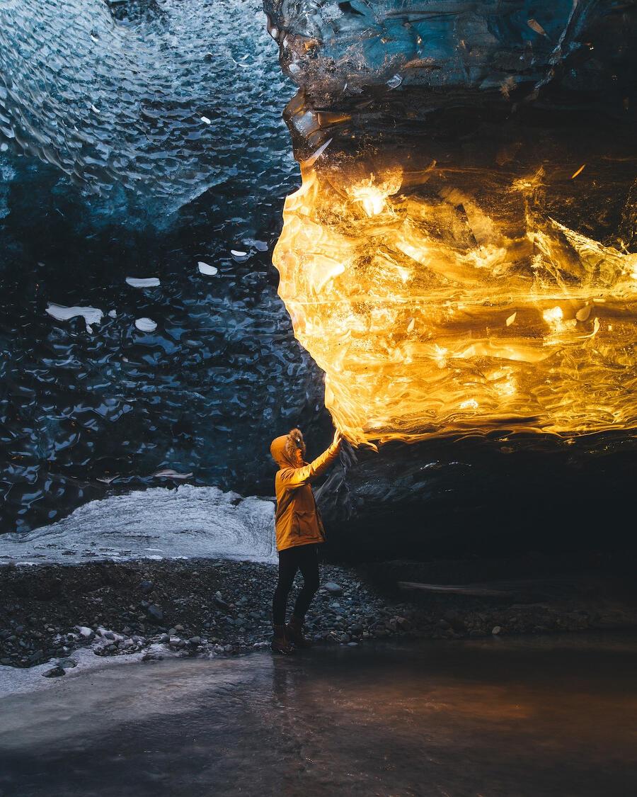 Grotte di ghiaccio in Islanda, Sarah Bethea