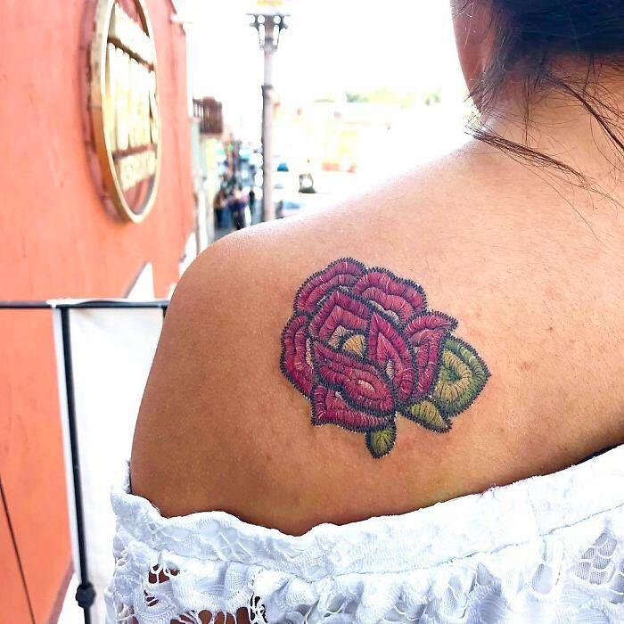 Tatuaggi Colorati Che Sembrano Ricami