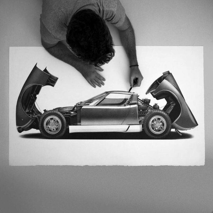 Disegni iperrealistici di auto d'epoca dell'artista Alessandro Paglia