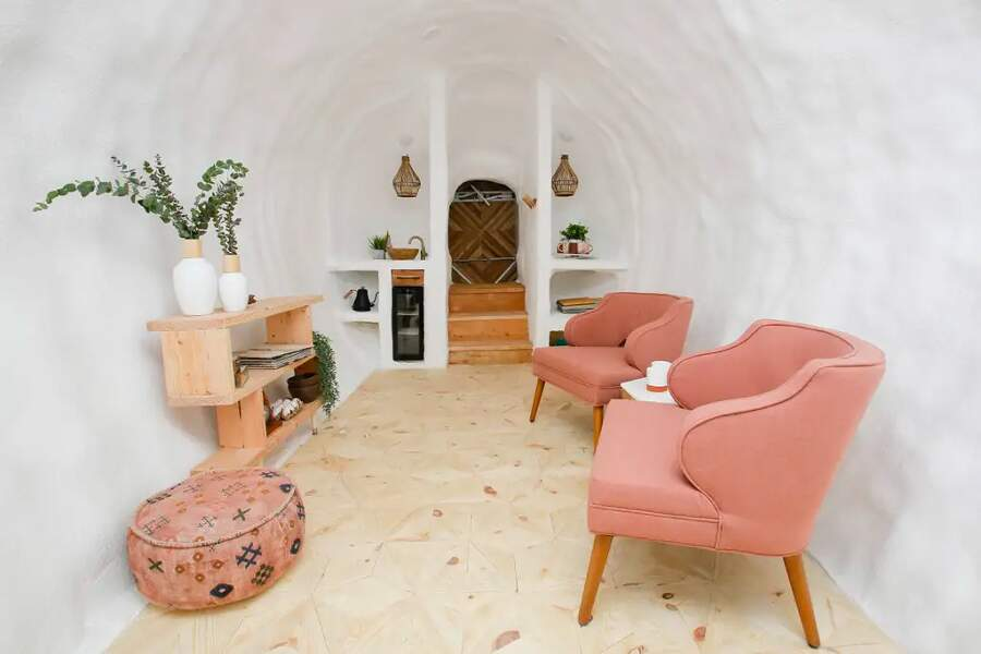Una stanza d'hotel a forma di patata su AirBnB