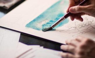 Le attività artistiche riducono i mal di testa da stress nelle adolescenti, lo dice uno studio