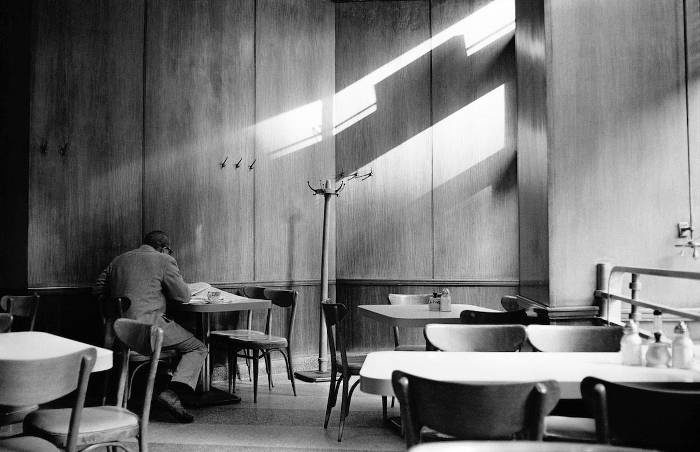 20 foto bianco e nero degli anni '60 mostrano una New York insolitamente vuota e silenziosa
