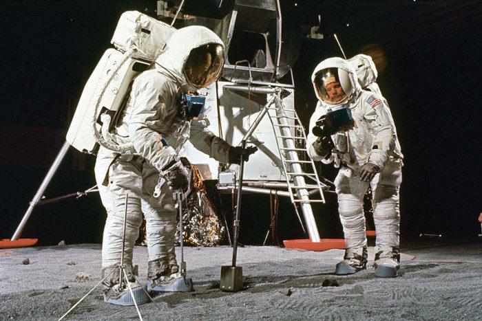 La preparazione dell'Apollo 11 in rare foto del 1969