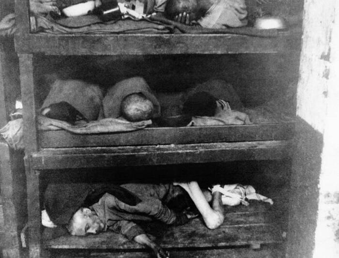 Foto Campo Di Concentramento Nazista Di Bergen-Belsen Germania