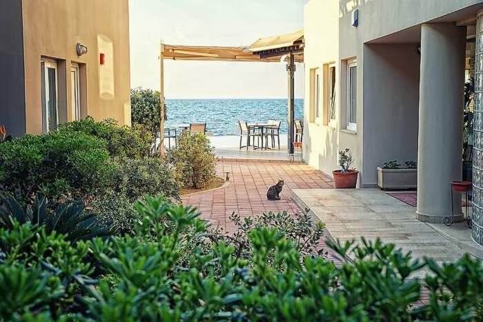 Questa isola paradisiaca in Grecia ti dà casa, terra e 500 Euro al mese per trasferirti lì