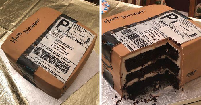 La moglie ama comprare su Amazon così le regala una torta di compleanno a forma di pacco Amazon