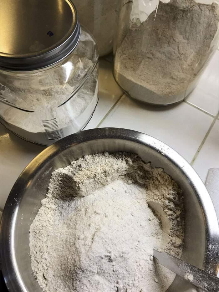 Scienziato fa il pane con un lievito di 4.500 anni dall'Antico Egitto