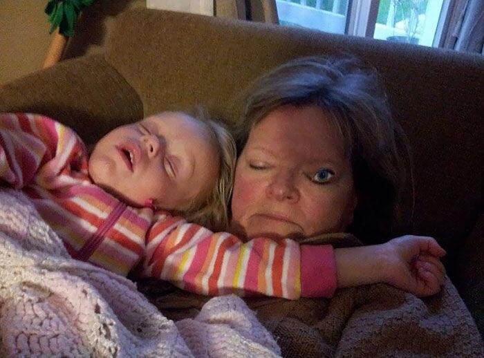 Persone che dormono foto divertenti